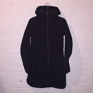 Lululemon Definitely Raining jacket sz6